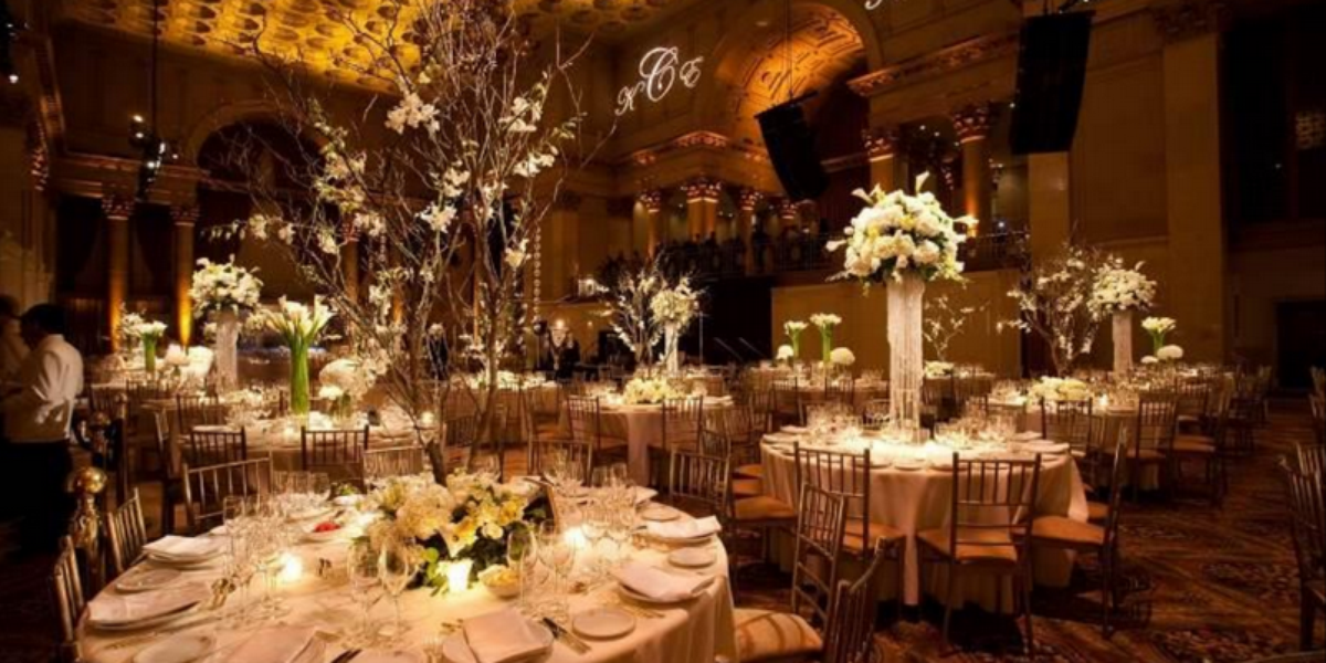 Cipriani wall street weddings get prices for wedding for Small nyc wedding venues