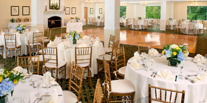 Indian Hill Country Club wedding venue picture 2 of 8 - Provided by: Indian Hill Country Club