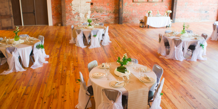 Cross+Main Weddings   Get Prices for Wedding Venues in NC
