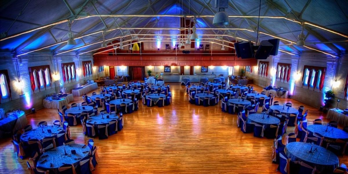 Attractive Best Wedding Venues New York #1: Tonawanda-Castle-Wedding-Tonawanda-NY-12.1438013803.jpg