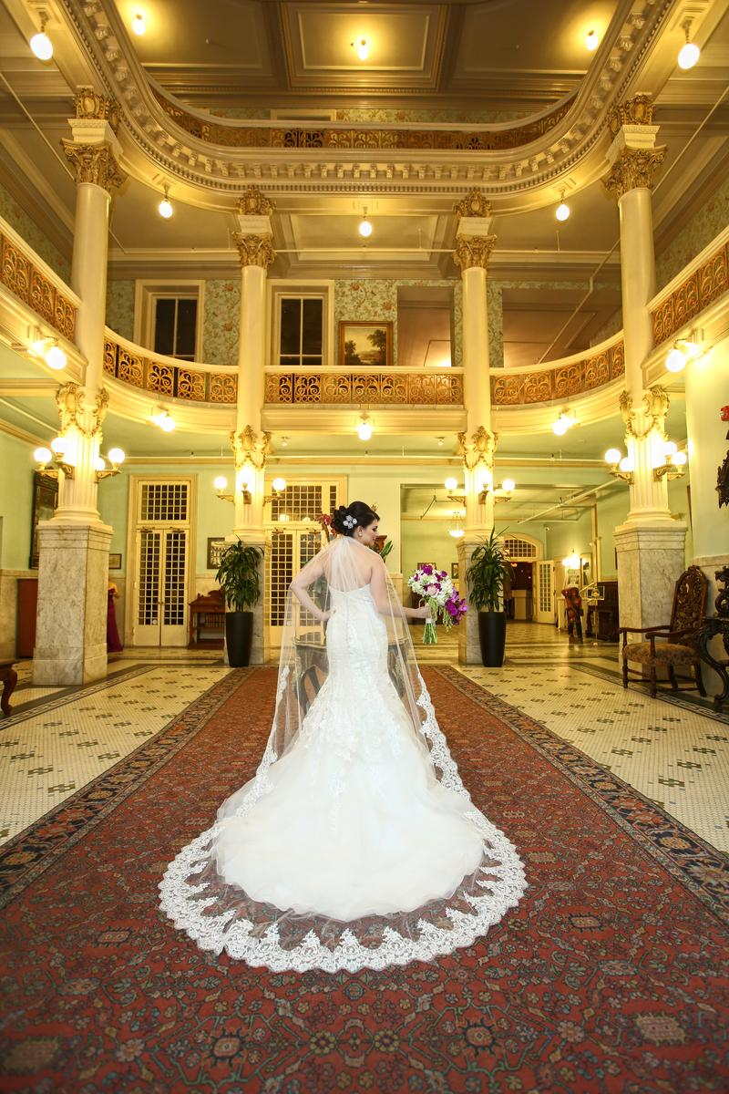 The Menger Hotel wedding venue picture 2 of 9 - Photography by: Raul's Photography