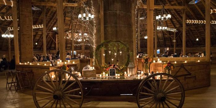Inn at the Round Barn Farm Weddings | Get Prices for ...