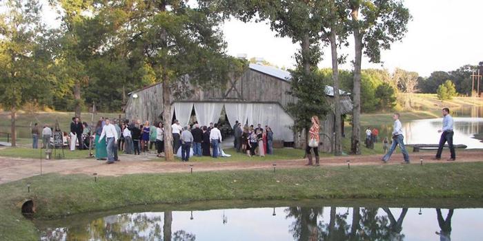 The Farmhouse Retreat Weddings Wedding Brownsboro TX 2