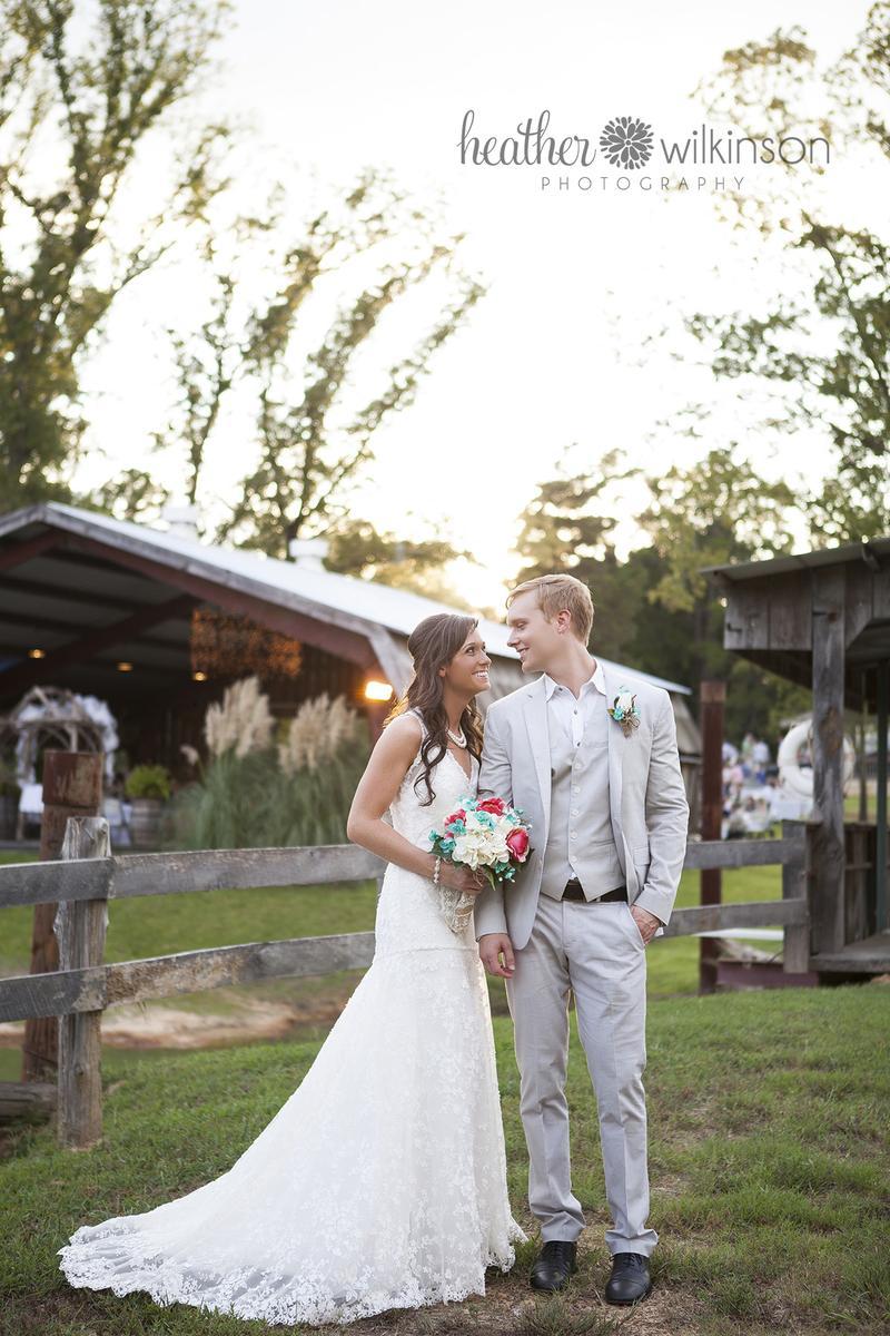 The Farmhouse Retreat Weddings Wedding Venue Picture 4 Of 16 Photo
