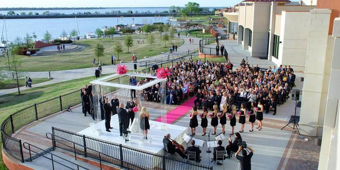 Hilton Dallas/Rockwall Lakefront wedding venue picture 8 of 8 - Photo by: f8 photography