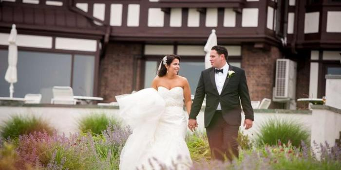 Larchmont Shore Club wedding venue picture 2 of 9 - Photo by: John-Paul Teutonico Photography