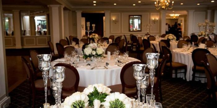 Larchmont Shore Club wedding venue picture 4 of 9 - Photo by: John-Paul Teutonico Photography