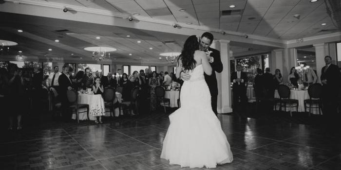 Larchmont Shore Club wedding venue picture 9 of 9 - Photo by: John-Paul Teutonico Photography