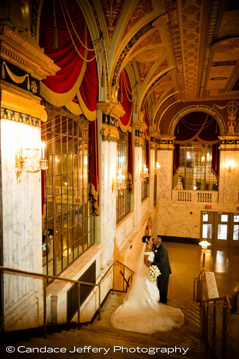 Palace Theater wedding venue picture 11 of 16 - Photo by: Candace Jeffery Photography