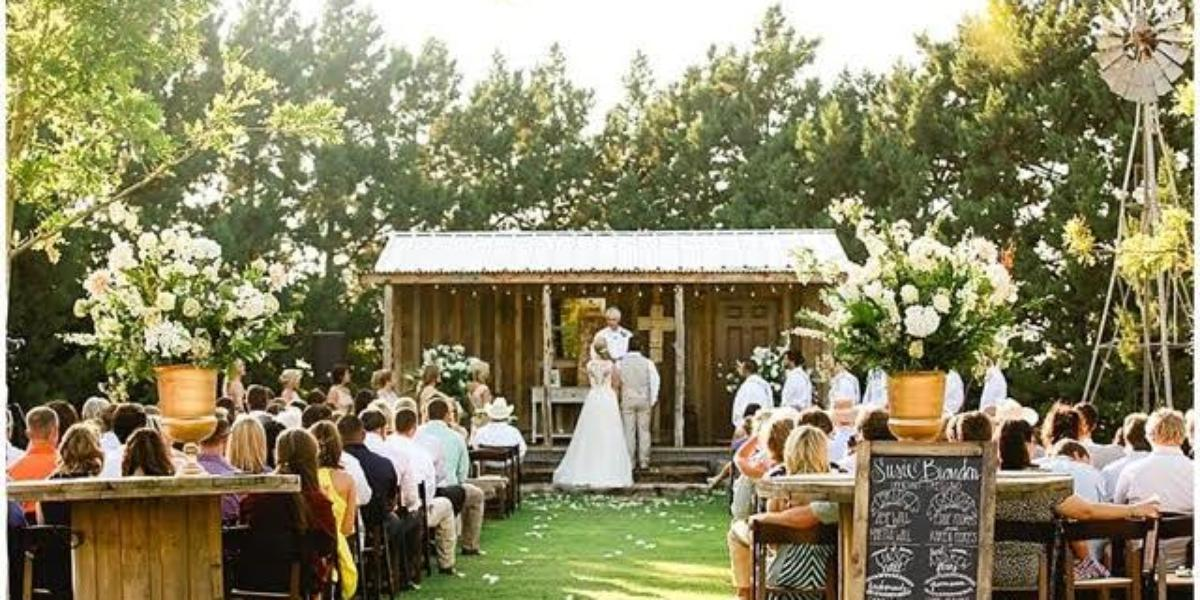 Cotton Creek Barn Weddings