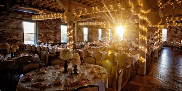 Bread Amp Chocolate Weddings Get Prices For Wedding Venues
