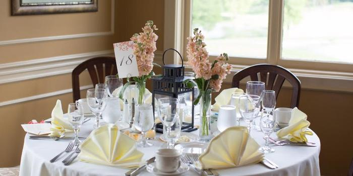 Bogey Hills Country Club wedding venue picture 5 of 8 - Photo by: Stephanie Bannon Photography