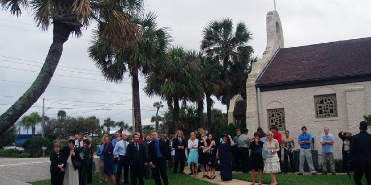 Cocoa Beach Community Church Weddings | Get Prices for Central ...