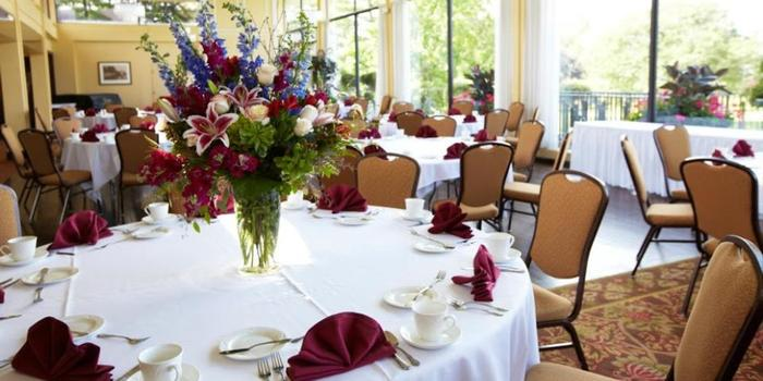 Silver lake country club weddings get prices for wedding for Wedding venues open late