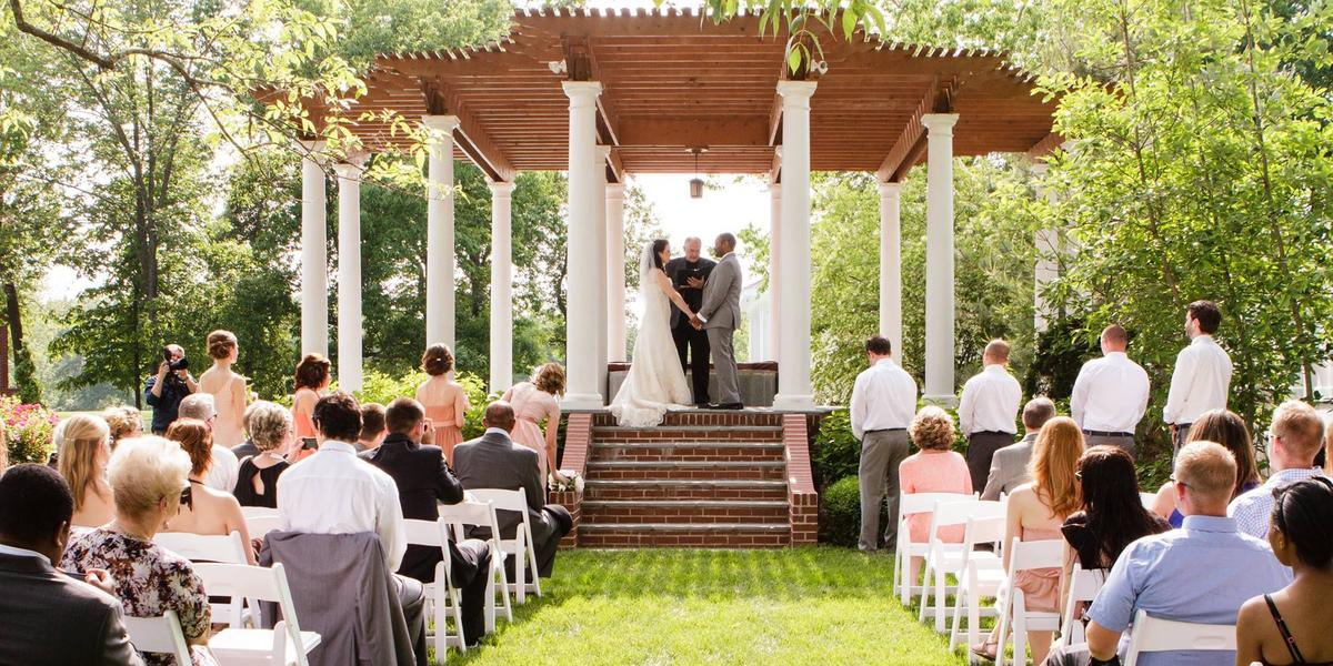 Pine manor estate weddings get prices for wedding venues - The wedding garden carbondale il ...