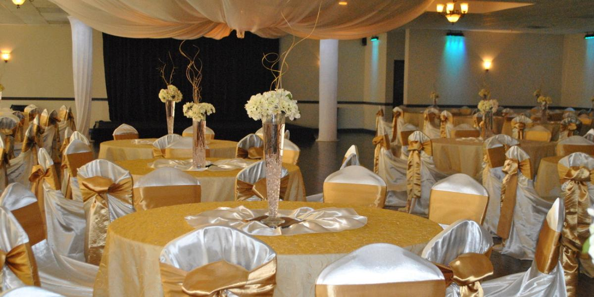 The Oasis Ballroom Weddings Get Prices For Wedding