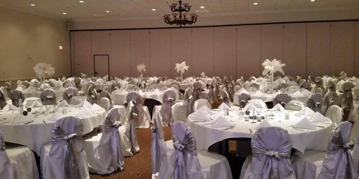 The Falls Event Center Weddings   Get Prices for Wedding ...