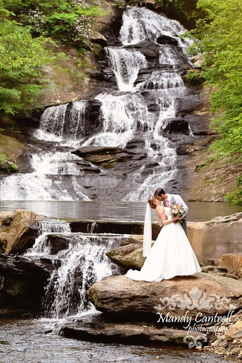 Hightower Falls wedding venue picture 2 of 16 - Photo By: Mandy Cantrell Photography