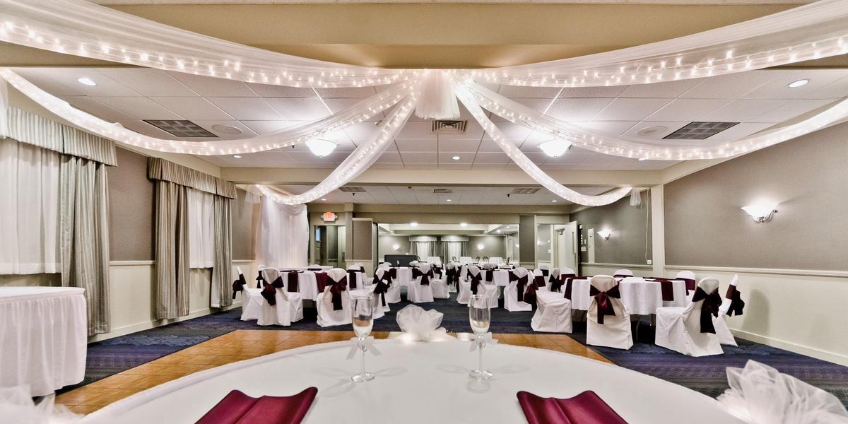Seasons Event And Conference Center Weddings