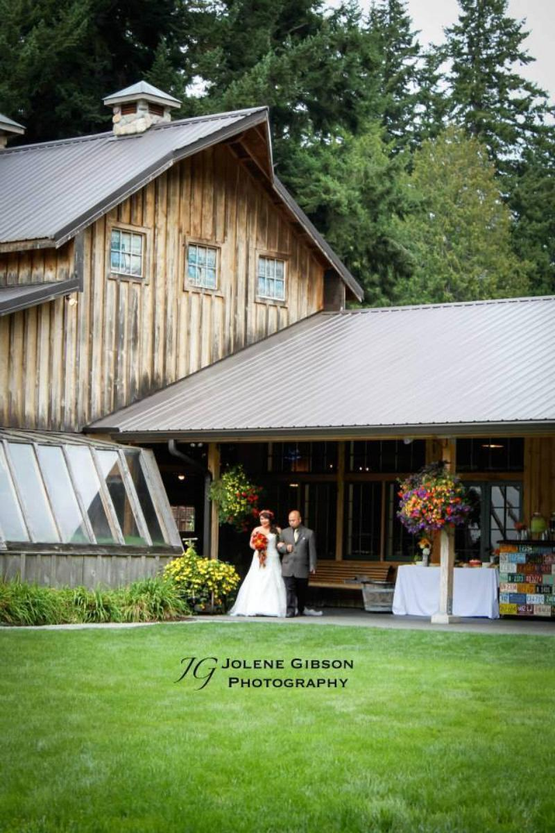 Red Cedar Farm wedding venue picture 4 of 10 - Photo by: Jolene Gibson Photography