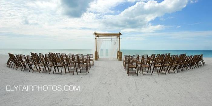 Cay Pointe Villa Resort wedding venue picture 7 of 8 - Photo by: Ely Fair Photography
