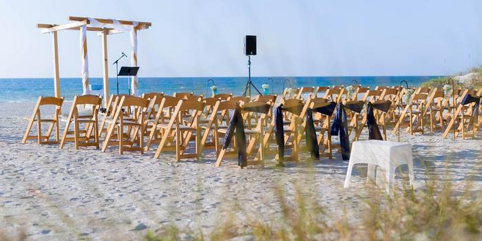 Cay Pointe Villa Resort wedding venue picture 5 of 8 - Photo by: Rising Lotus Photography