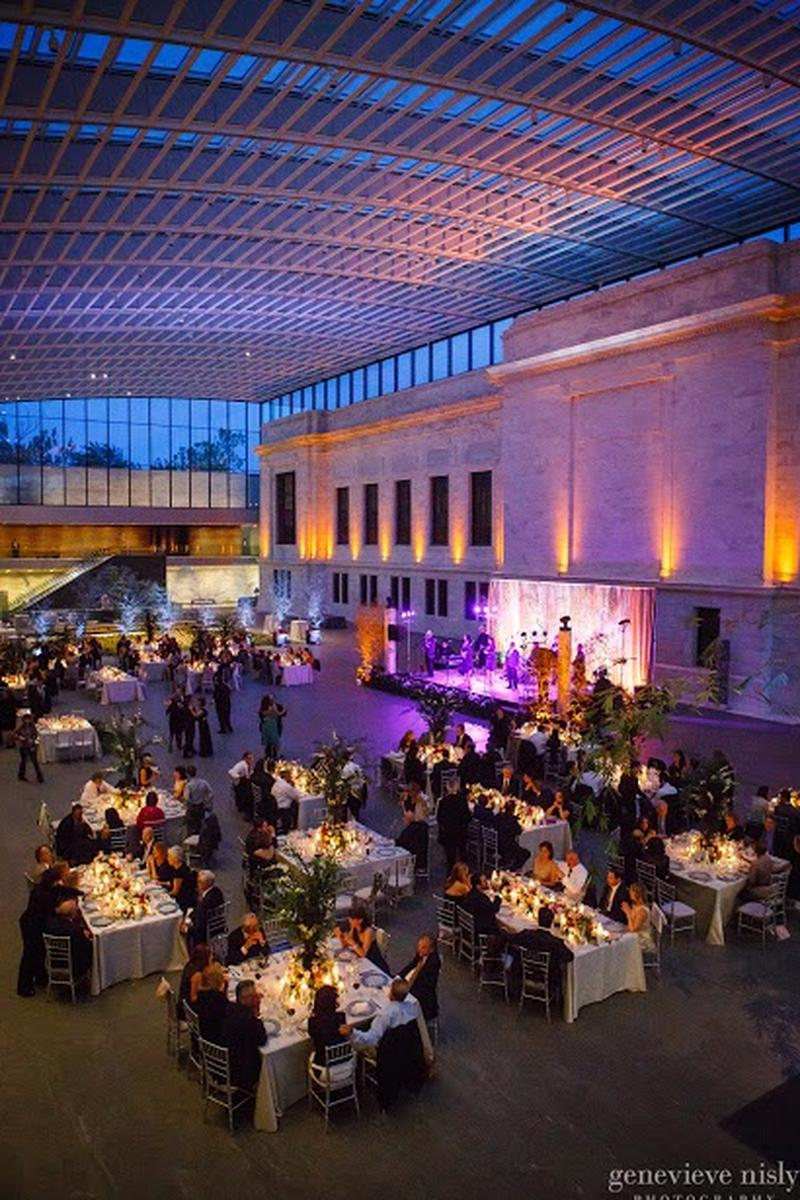 A romantic wedding at the cleveland museum of art brides for Best place to have a wedding reception