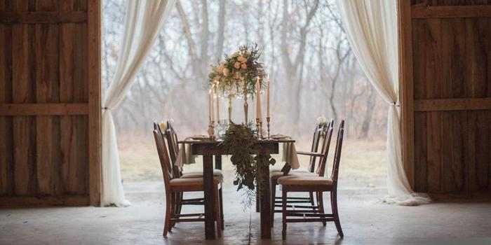 The Barn in Zionsville wedding venue picture 4 of 8 - Photo by: Conforti Photography