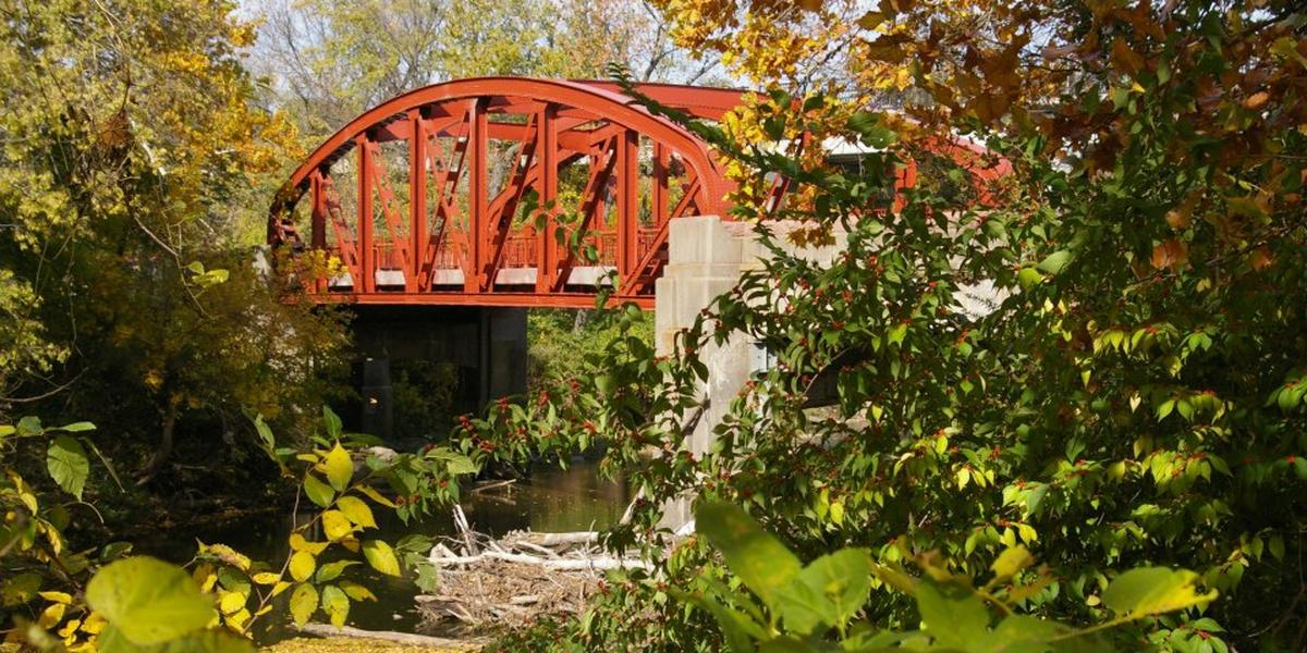 Old Red Bridge In Minor Park Weddings Get Prices For