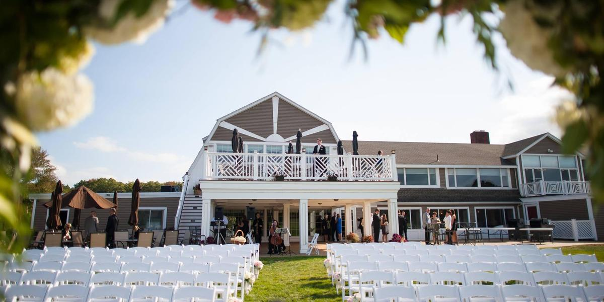 Crestwood country club weddings get prices for wedding for Outdoor wedding venues ma