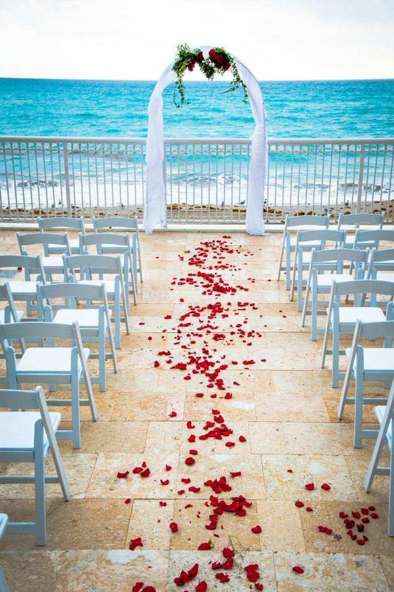 marco polo beach resort miami wedding venue picture 5 of 8 provided by