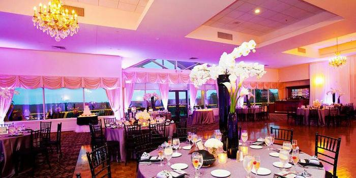 Kirkbrae Country Club wedding venue picture 3 of 8 - Photo by: Sara Zarrella Photography