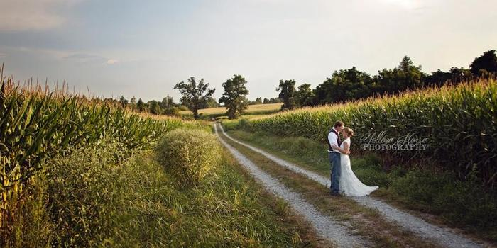 Burdoc Farms wedding venue picture 9 of 10 - Photo by: Yellow House Photography