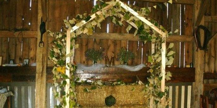 Good Tymes Barn Weddings Get Prices For Wedding Venues In Mi