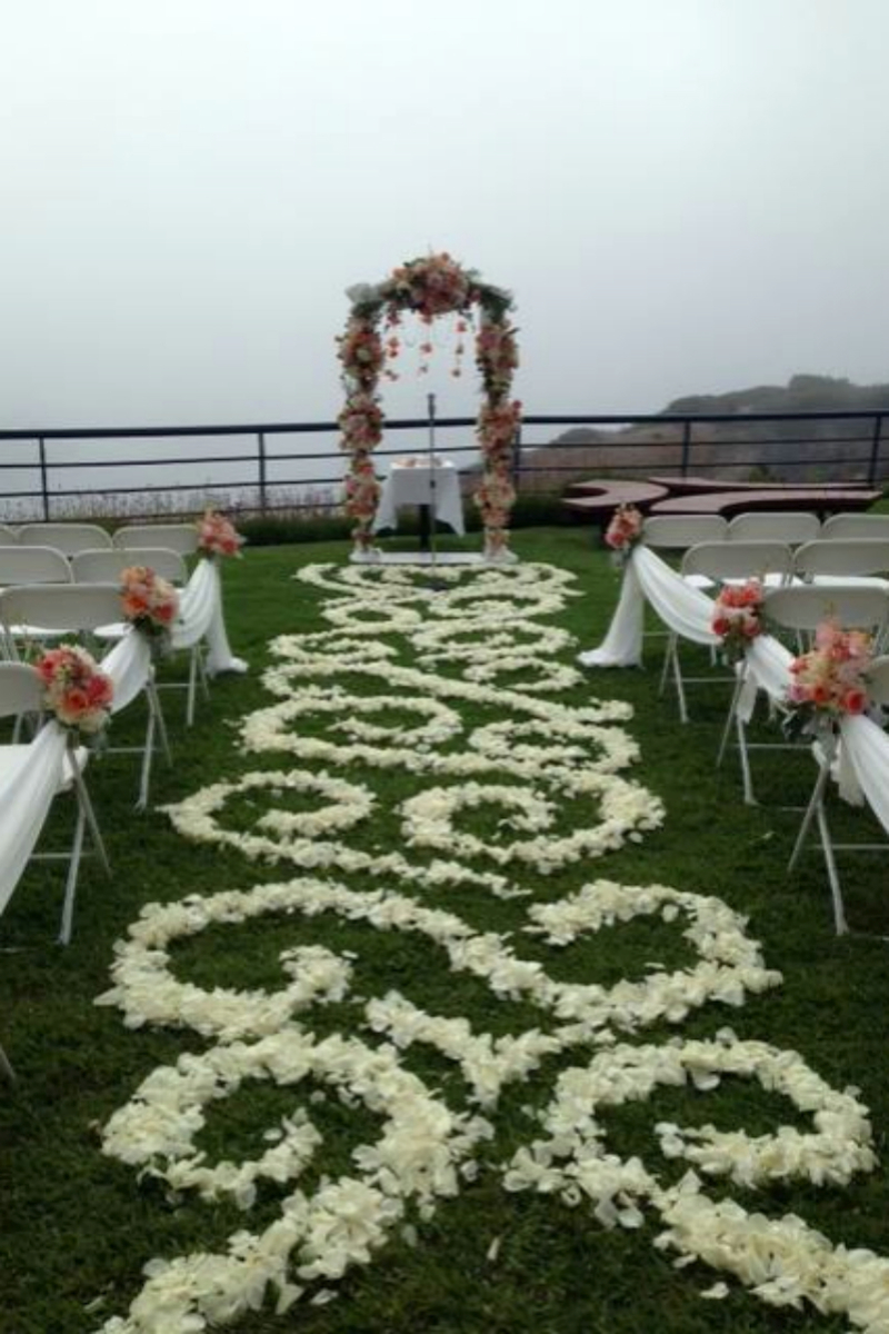 Chart house weddings get prices for wedding venues in for Wedding spots in california