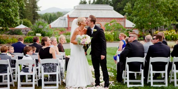 Antler Hill Barn Weddings   Get Prices for Wedding Venues ...