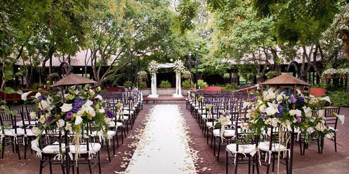 Lioncrest deerpark weddings get prices for wedding for Wedding venues in asheville nc