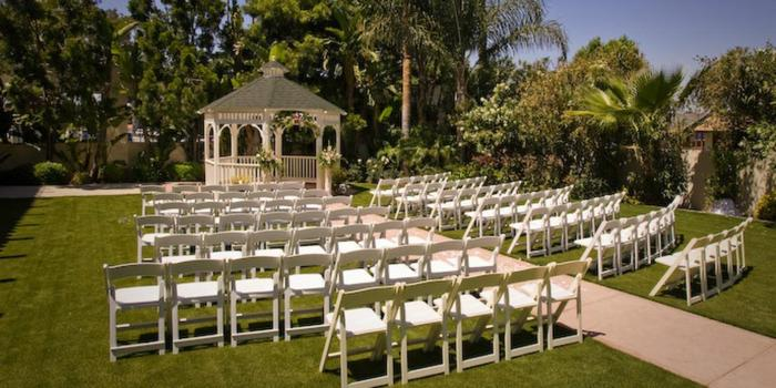 Los Serranos Country Club wedding venue picture 3 of 16 - Photo by: Mario Herrera Photography