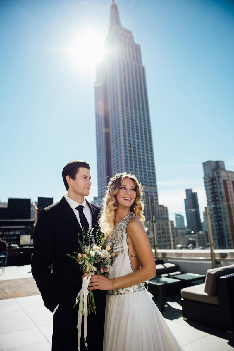 Rooftop wedding venues in nyc - Monarch Rooftop Wedding Venue Picture 15 Of 16 Provided By Kleinfeld Bridal Jiyang