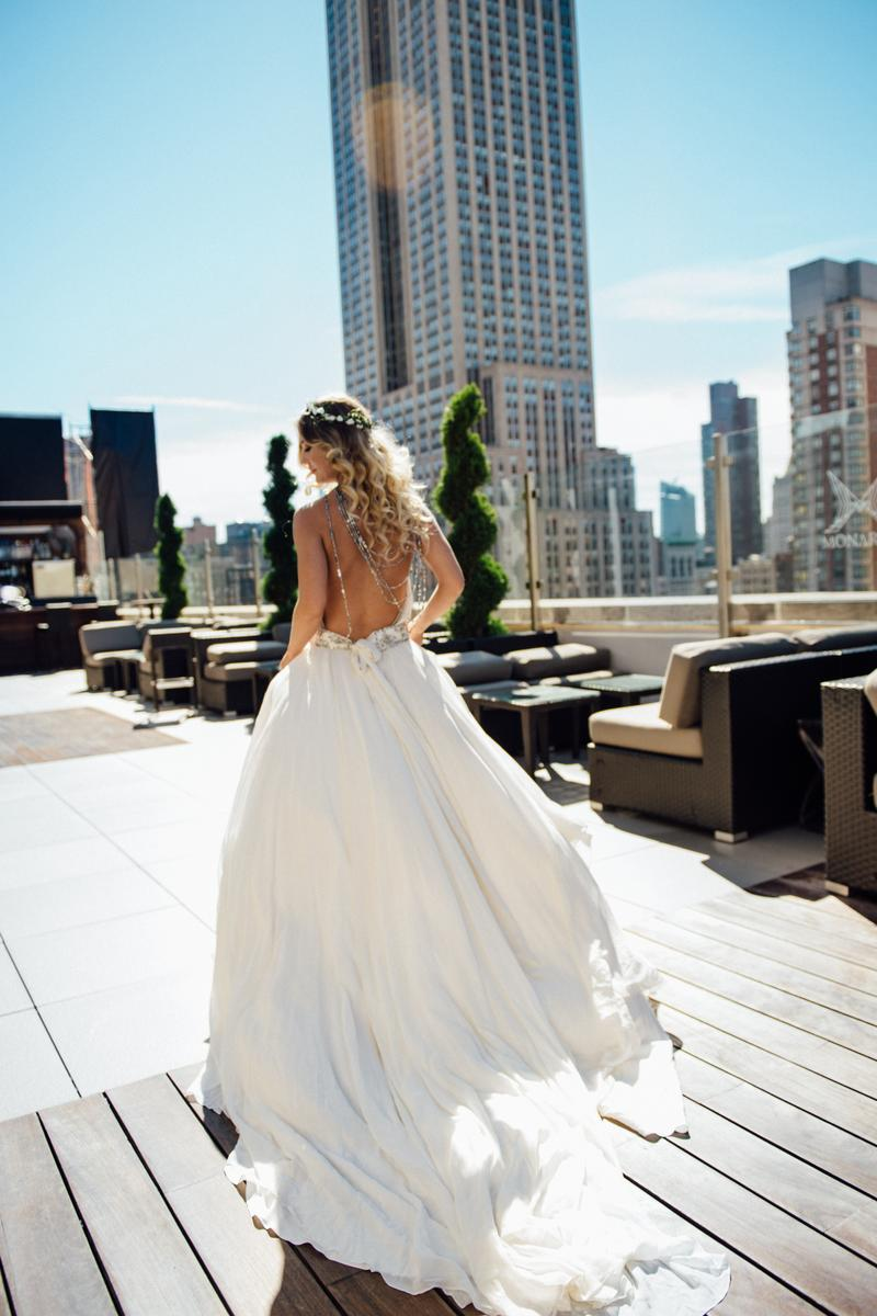 Monarch rooftop weddings get prices for wedding venues in ny for Small wedding venues ny