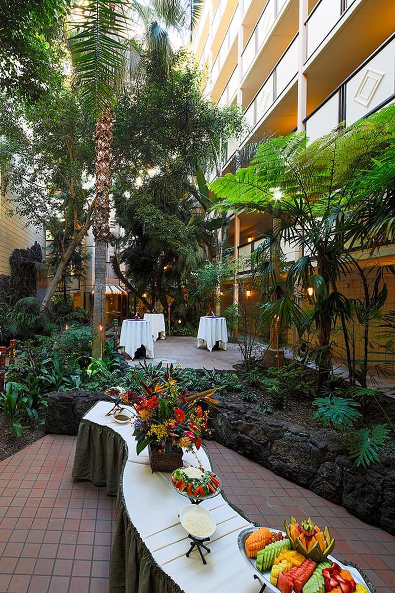 crowne plaza san diego weddings get prices for wedding venues in ca