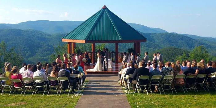 The Lodge at Brothers Cove Weddings | Get Prices for ...