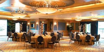 The Nautilus Ballroom at the Houston Downtown Aquarium weddings in Houston TX