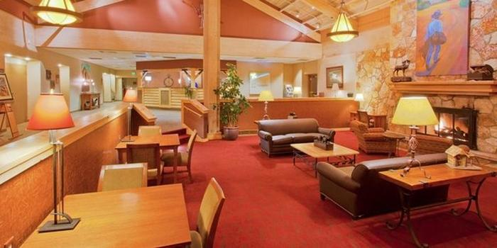 Holiday Inn Bozeman wedding venue picture 4 of 8 - Provided by: Holiday Inn Bozeman