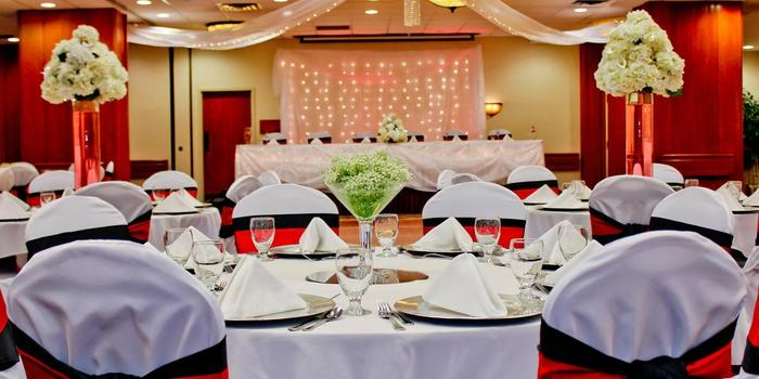 Holiday Inn Appleton Weddings Get Prices For Wedding Venues In Wi