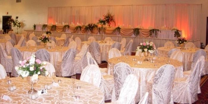 La Crosse Center Ballroom wedding venue picture 5 of 8 - Provided by: La Crosse Center Ballroom