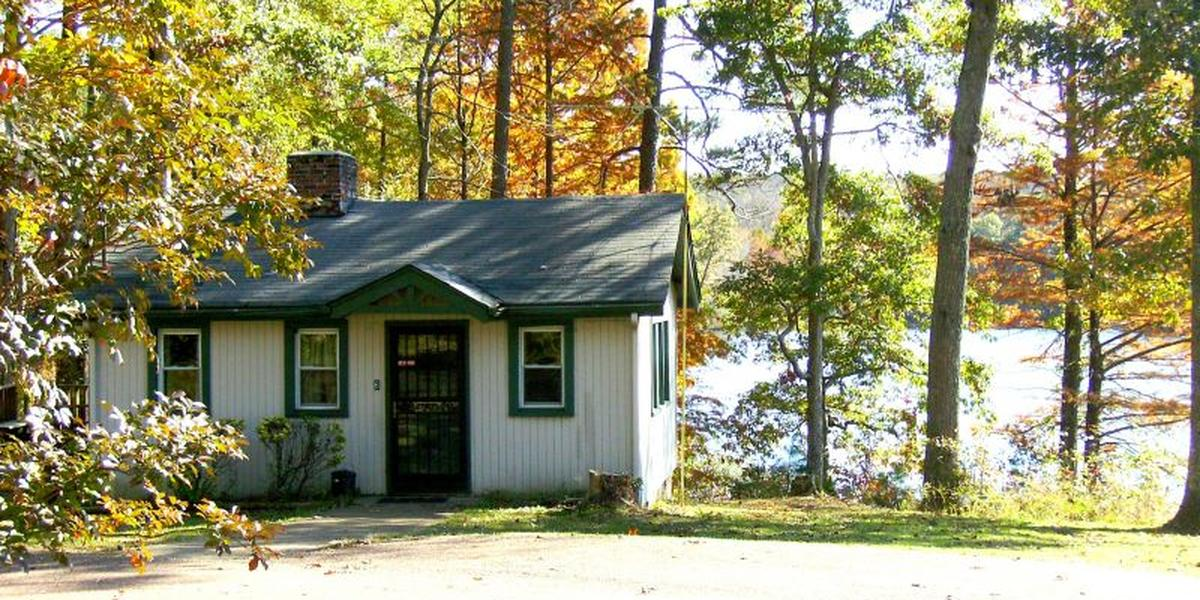 Chicasaw park historic cabin weddings get prices for for Cabin wedding venues