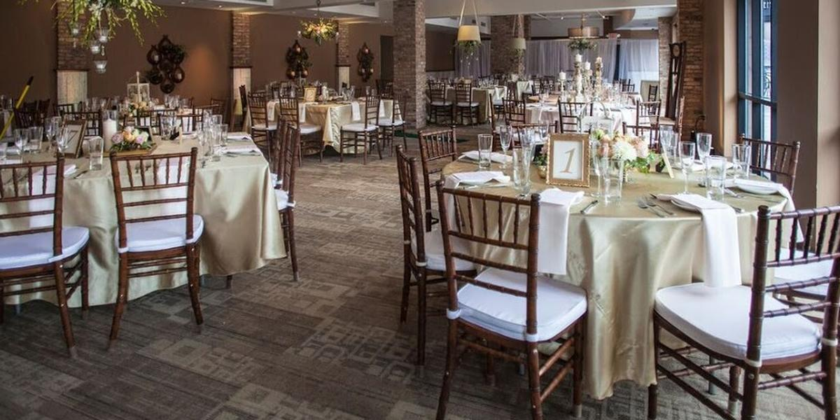 SURG On The Water Weddings | Get Prices For Wedding Venues In WI