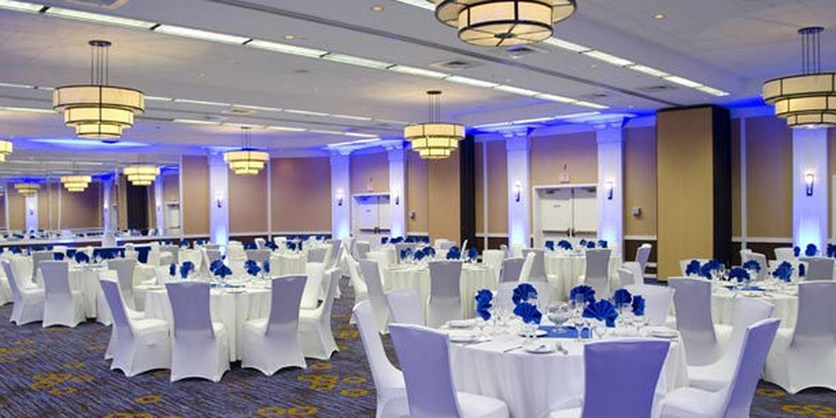 Courtyard By Marriott Waterbury Downtown Weddings