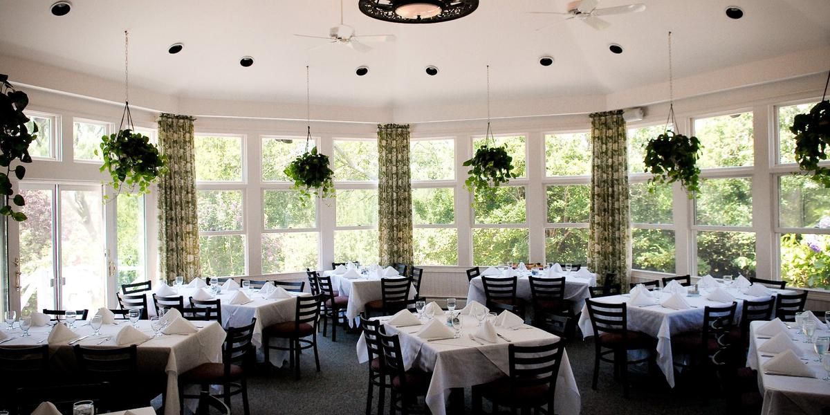 The 1661 Inn Weddings Get Prices For Rhode Island Wedding Venues In